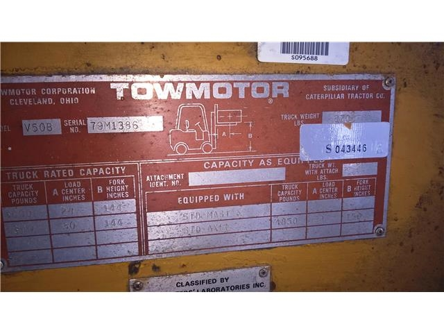 Caterpillar Towmotor Forklift, Model V50B, Serial Number 79M1386