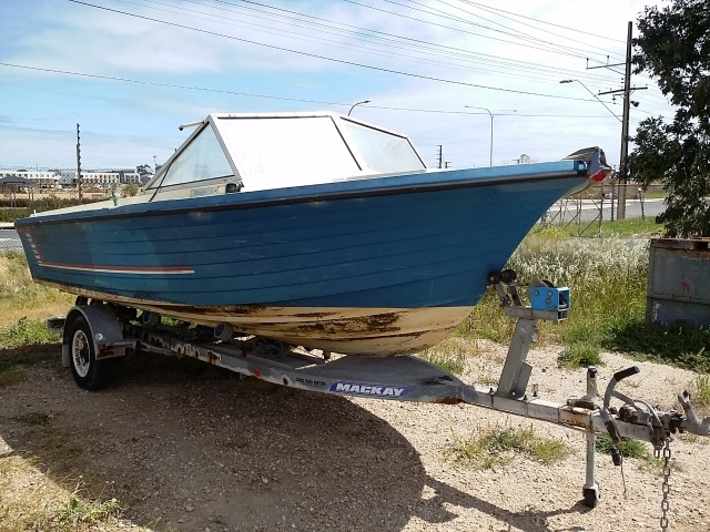 Cruisecraft Fibreglass Runabout Boat- 5 5 Metre- Hin Number
