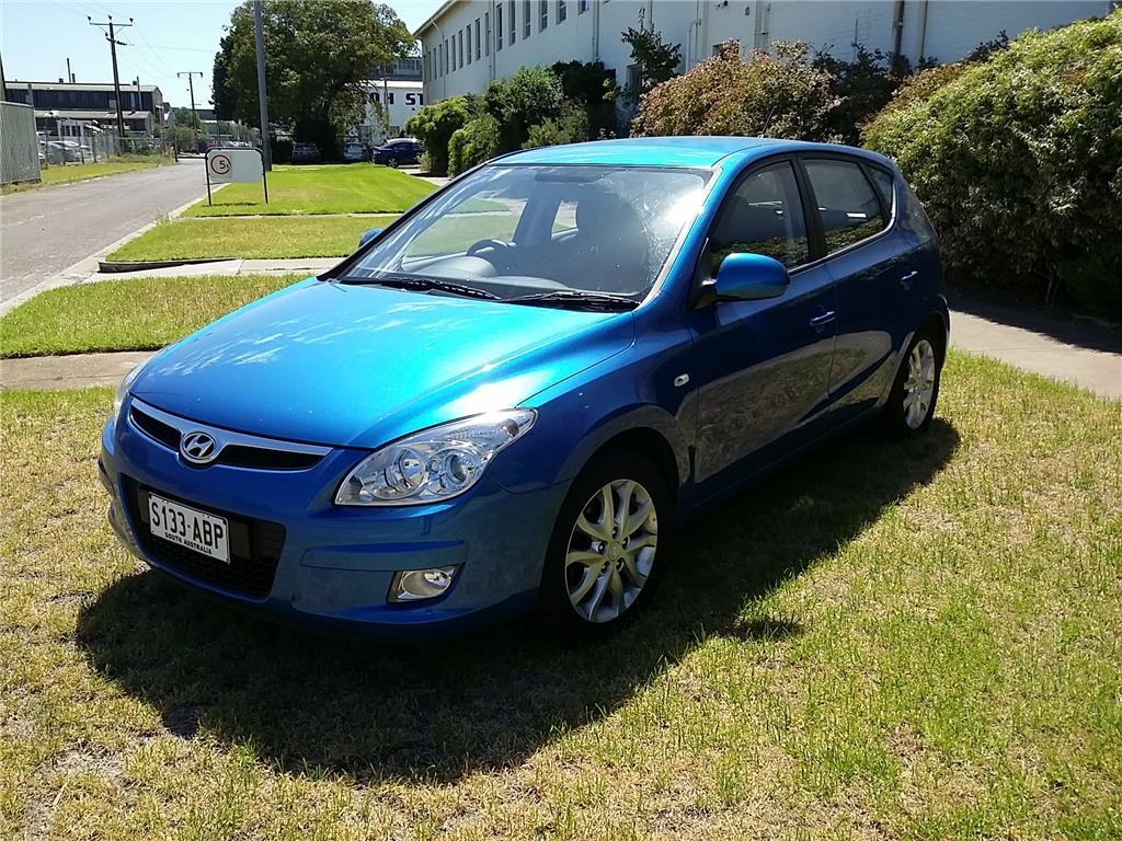 Hyundai i30 S L X- Year May 2009 -49,363 Kilometres Showing -Fastidious One  Owner From New -Always Garaged -4 Door Hatch -Floor Shift Automatic,4  Cylinder- ...