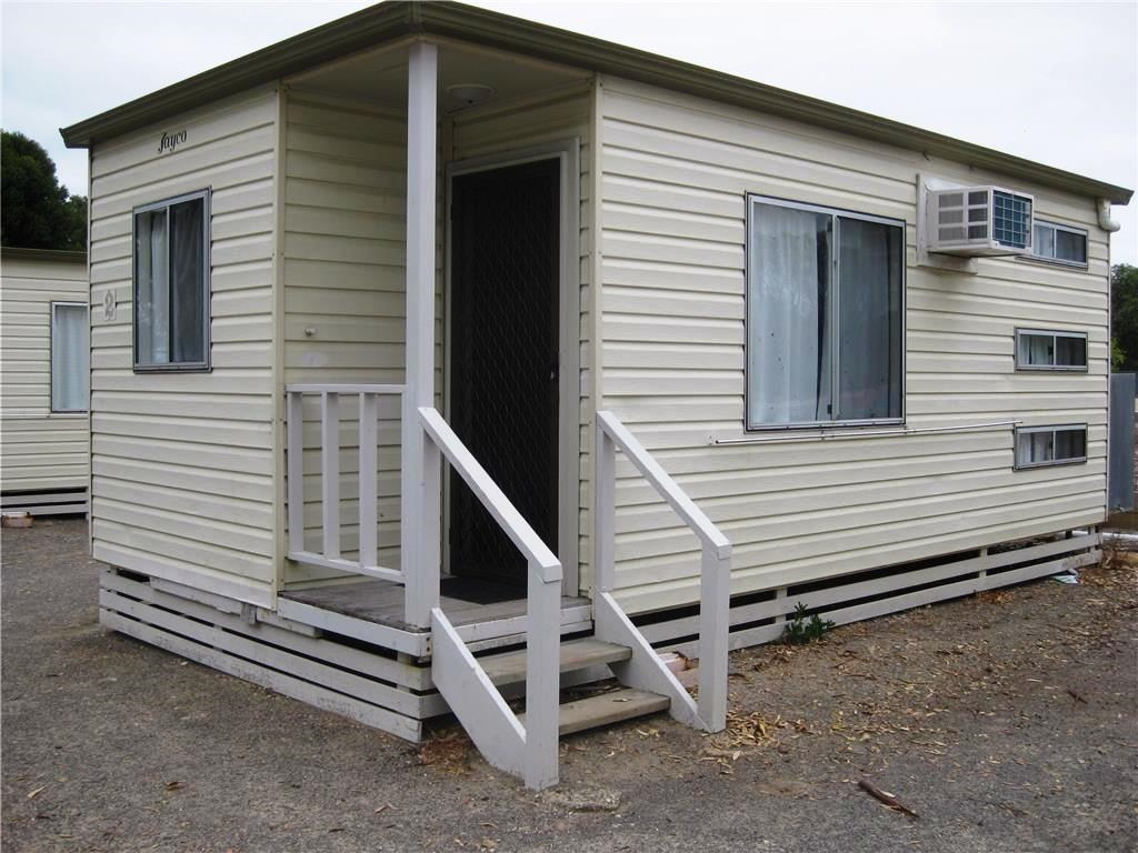 Jayco cabin unit 2 two bedroom fully self contained with for Self contained cabin