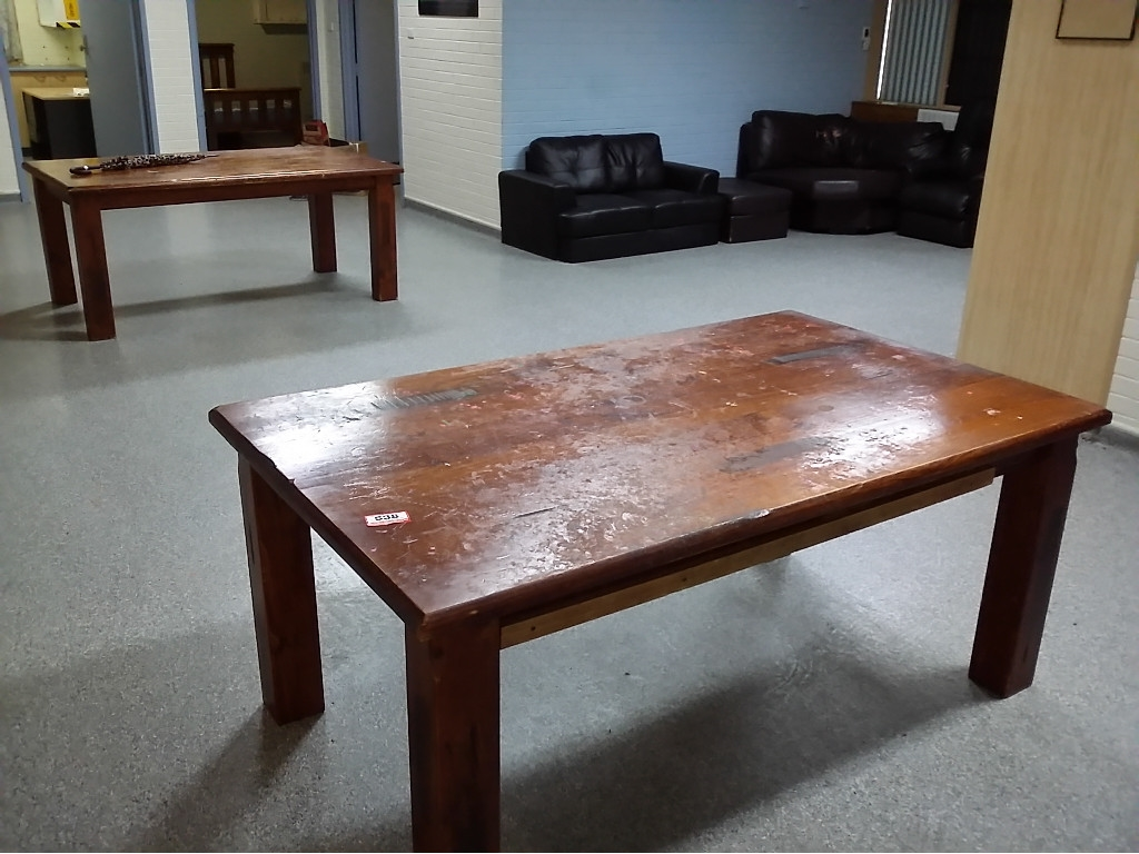 Contents of unit 1 kurkarlli includes 2 dining tables for Dining table dressing