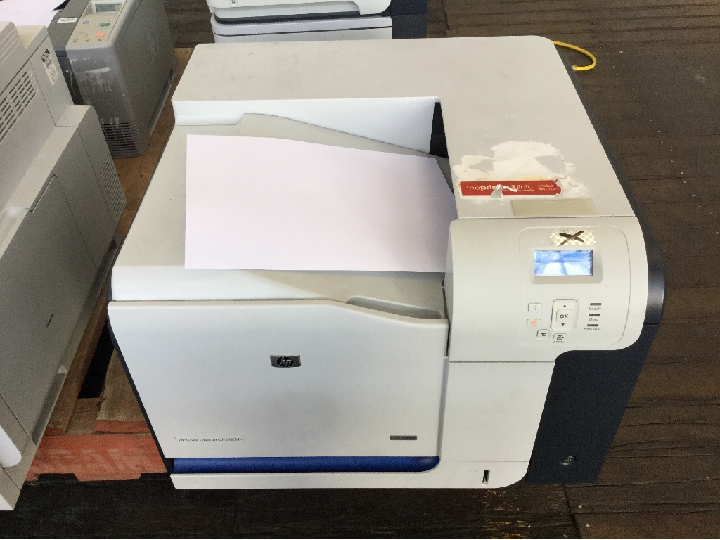 Colour Printer, HP Color LaserJet CP3525Dn, Shows Error Code