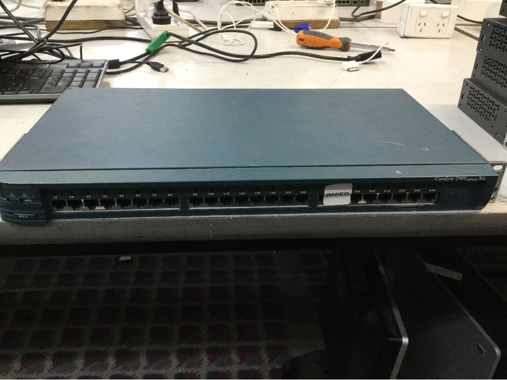 Network Switch, 48 Ports Cisco Catalyst 3560 Series PoE-48
