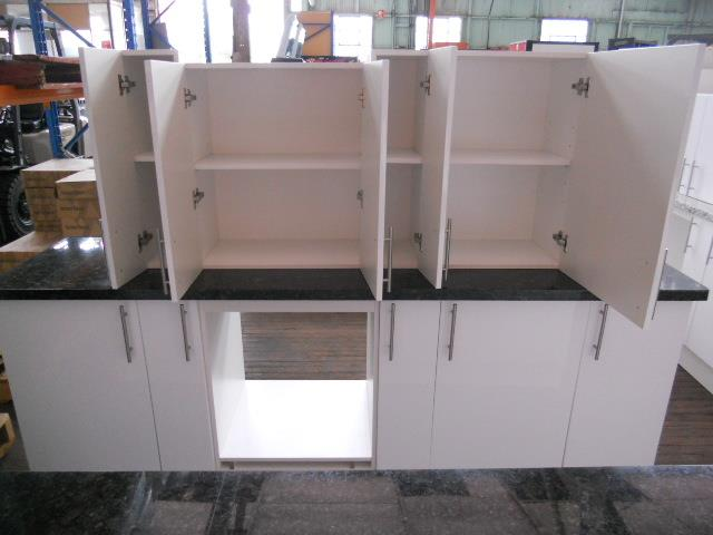Kitchen suite straigh line with kitchen island overall for Kitchen cabinets 500mm depth