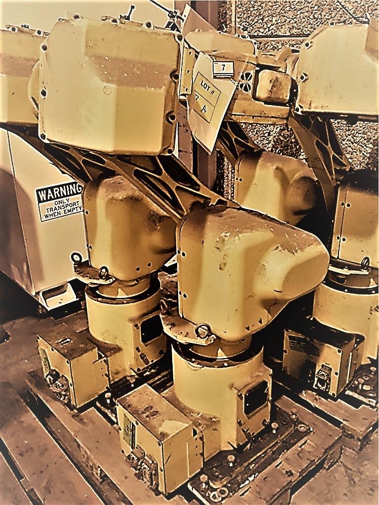 Fanuc Robot M-16i Robot Arm Yom 2001 with Fanuc Controller RJ3 Robot