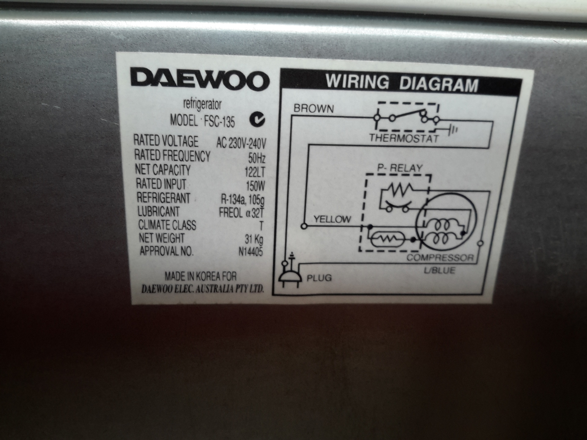 Bar fridge daewoo model fsc 135 requires cleaning not tested asfbconference2016 Choice Image