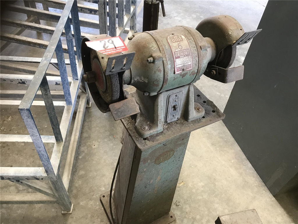 Gmf 6 Quot Bench Grinder 240 Volt Located At Windsor