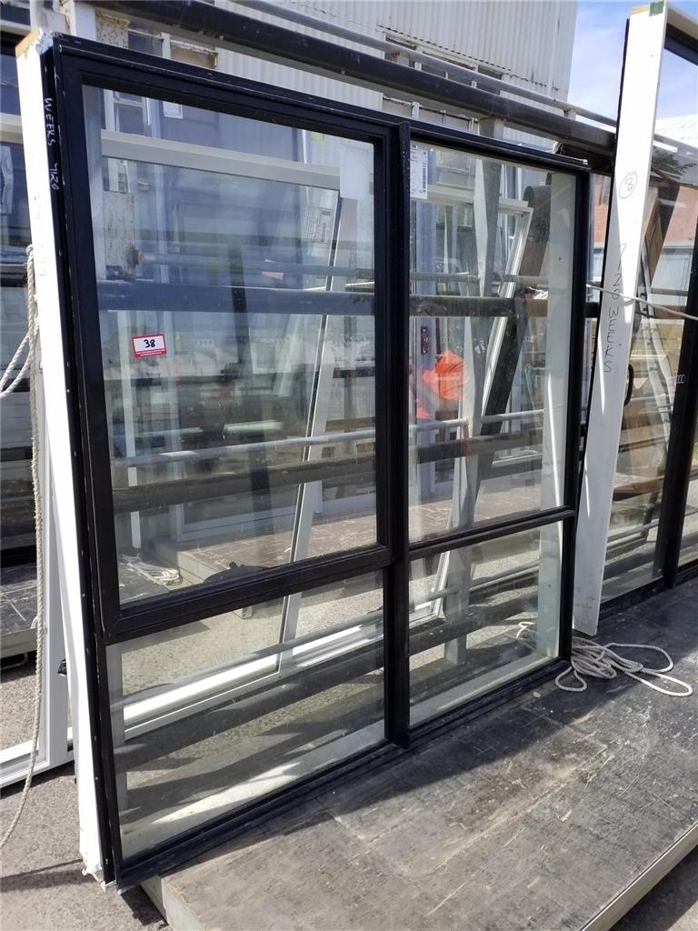 Aluminium Wind Out Awning Window, Size: 1900x1850mm, Black ...