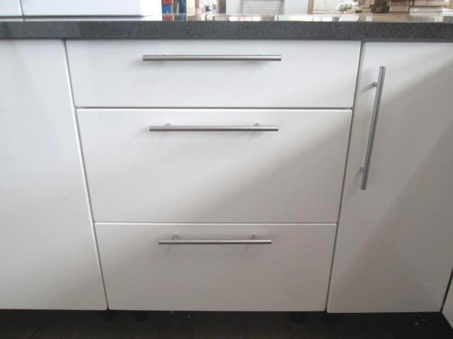 Kitchen suite new l shape length 2780mm x width for Kitchen cabinets 800mm