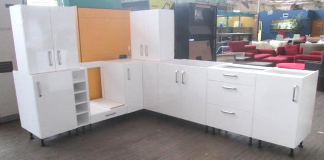 Kitchen Suite   No Bench Tops   L Shape Kitchen, Length 2100mm X 2700mm,  White Gloss Finish, Metal Handles, Quantity Of 7 Underbech Cabinets: 1 @  Single ...