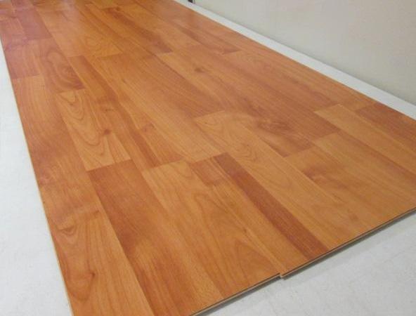 Laminate flooring wild cherry code d1359 1375mm x for 6mm laminate flooring